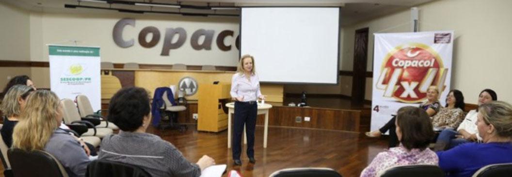 COPACOL: Mulheres comemoram formação de Líder Coach