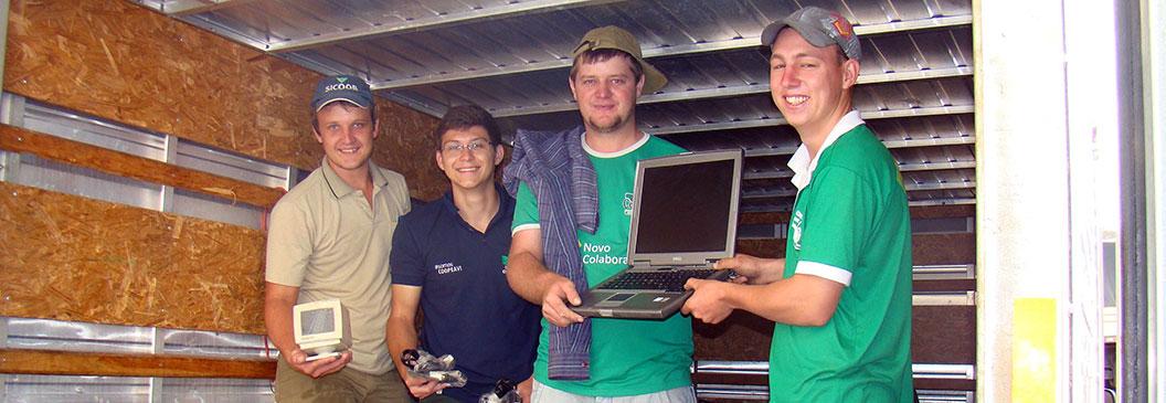 Instituto Coopeavi promove reciclagem de lixo eletrônico