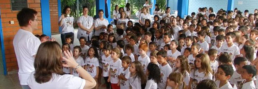 Santa Catarina: Cooperacriança atende os alunos da Escola José Dequêch